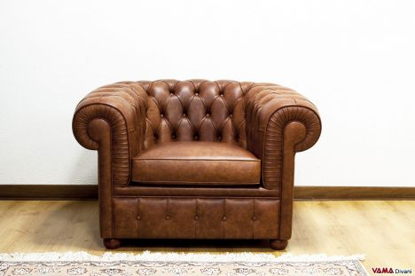 Poltrona Chesterfield in Pelle Invecchiata vintage marrone
