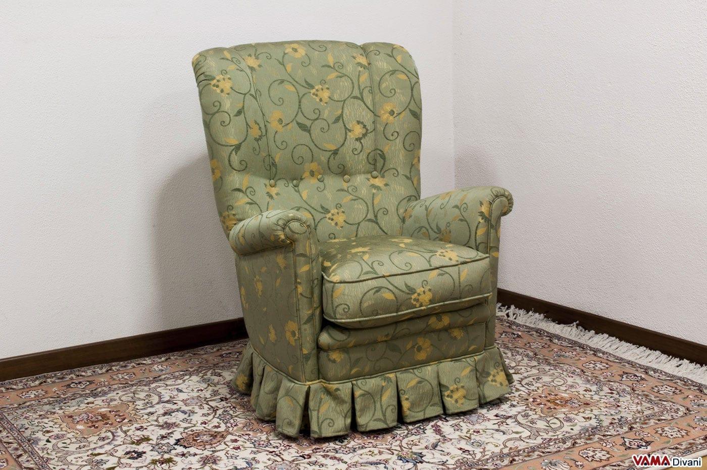Poltrona Classica in Tessuto con Gala da Camera da Letto