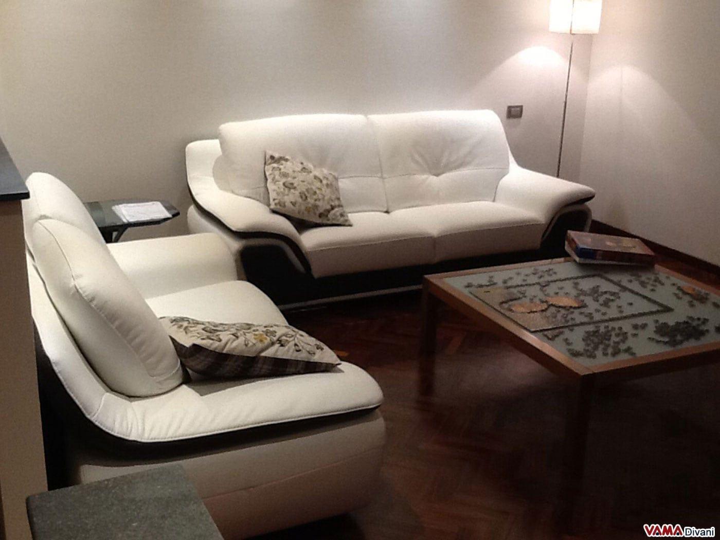 Salotto con divani idee per il design della casa for Divani convenienti