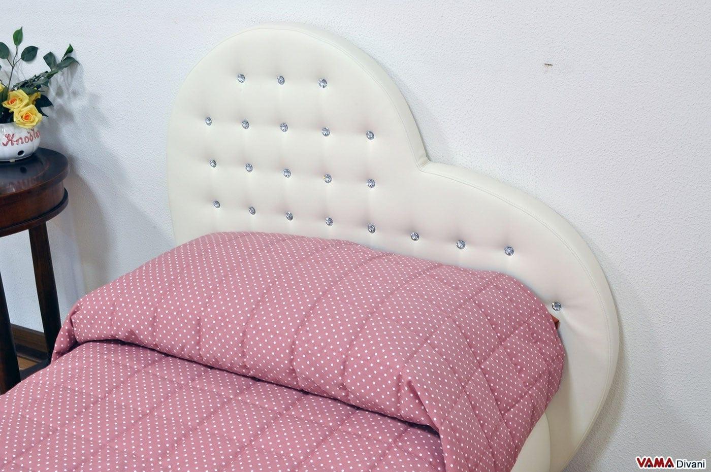 Un Letto Matrimoniale Alla Francese : Letto a forma di cuore vama divani