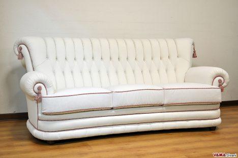 Divano classico di lusso in tessuto bianco