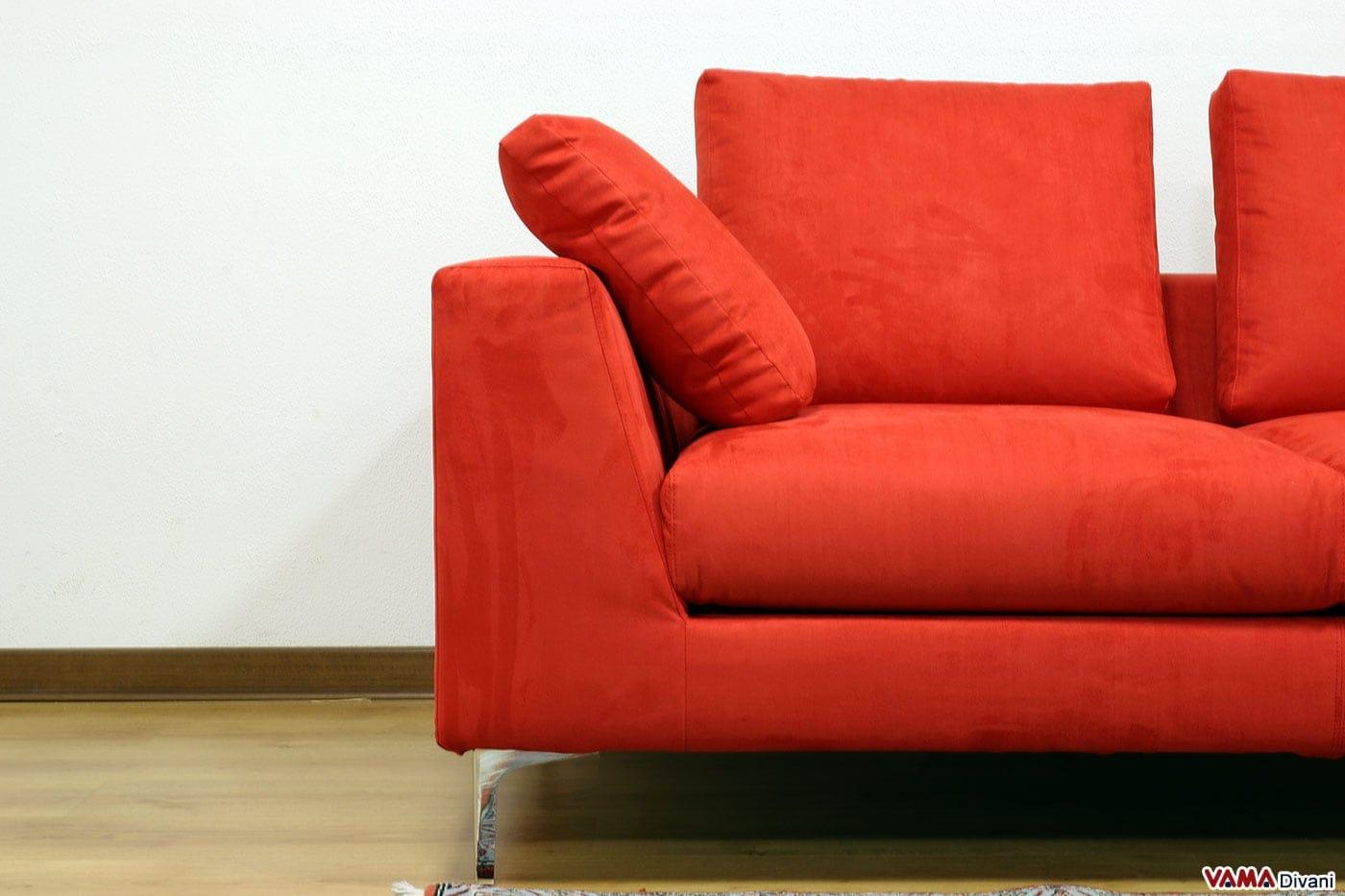 Divano rosso moderno idee per il design della casa - Prodotti per pulire il divano in tessuto ...