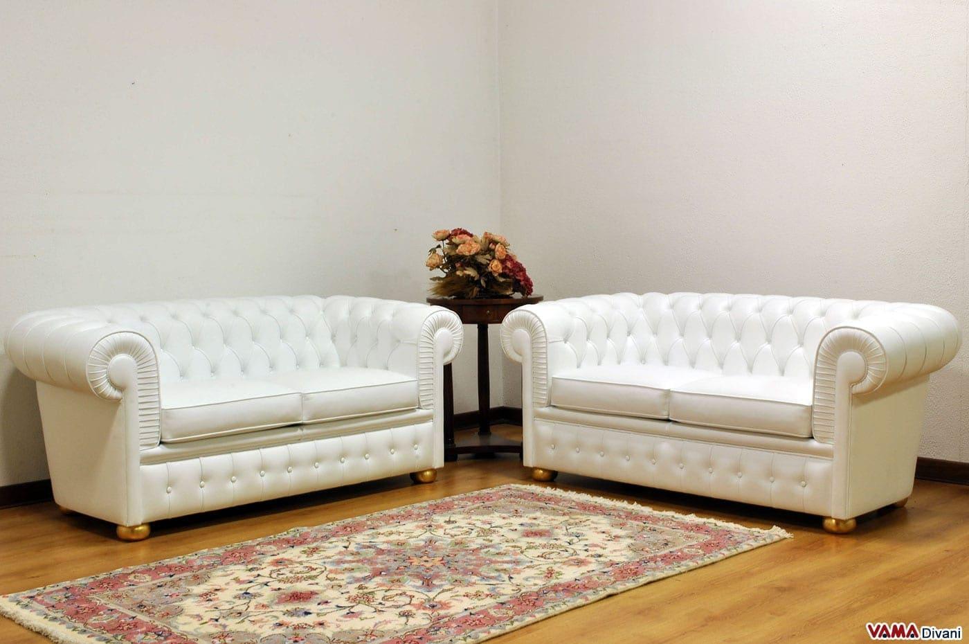Divani bianchi classici design casa creativa e mobili for Divano letto in pelle prezzi