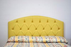 Testata letto curva capitonnè in pelle gialla