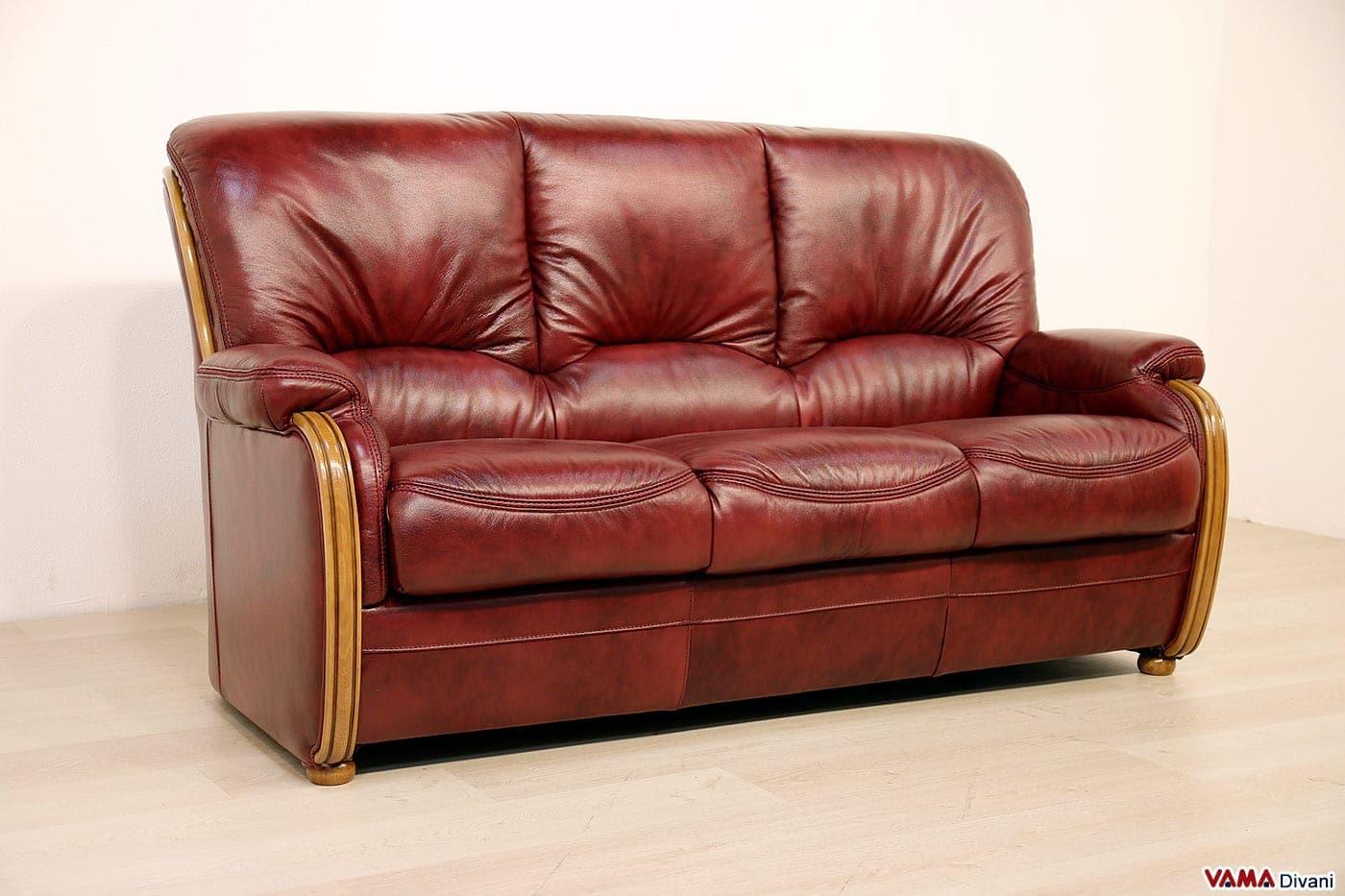 Divano 3 posti classico in stile country e finiture in legno - Divano schienale alto ...