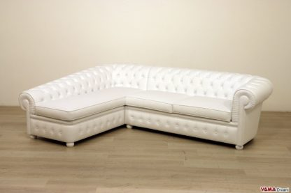 Divano Chesterfield con chaise longue