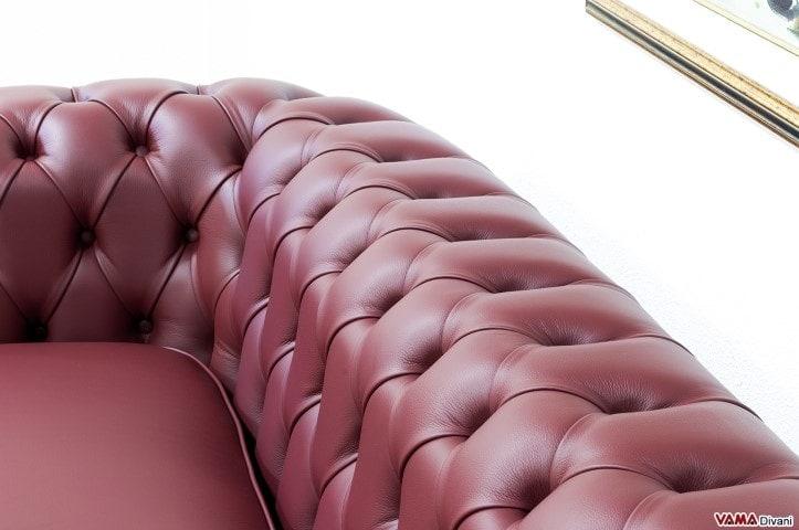 Lavorazione capitonnè divani chesterfield