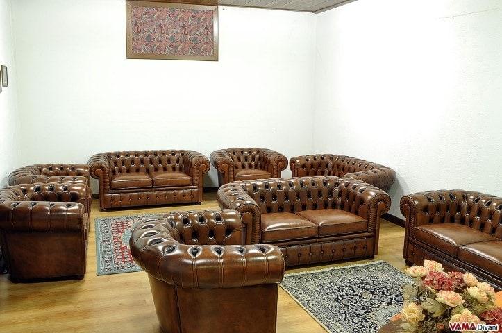 Divani Chesterfield Roma: Divano pelle marrone usato divani in.