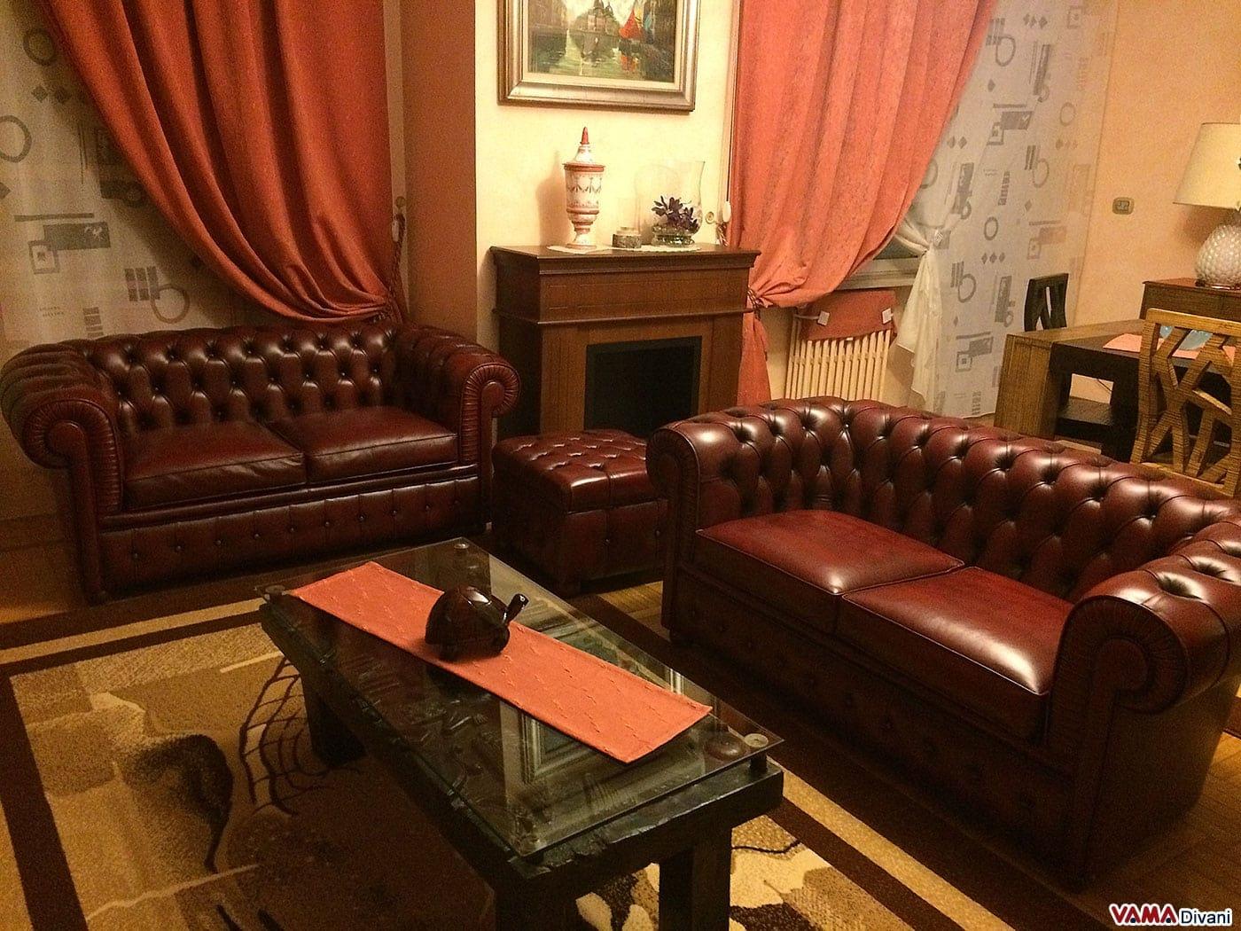 Divano chesterfield 2 posti prezzo rivestimenti e misure - Divani e divani divano letto prezzo ...