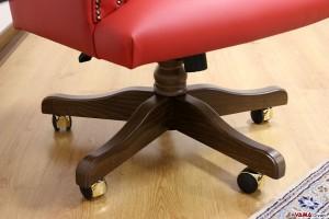 Girevole in legno massello con ruote