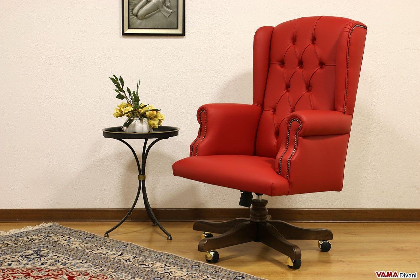 Excellent poltrona classica da ufficio in pelle rossa con for Poltrona scrivania design