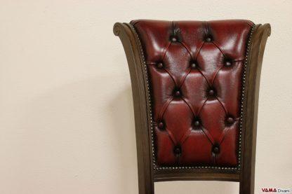 Schienale capitonnè della sedia classica