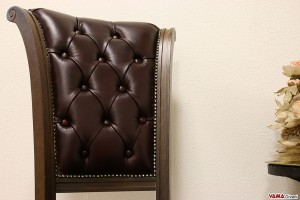 Schienale in capitonnè della sedia