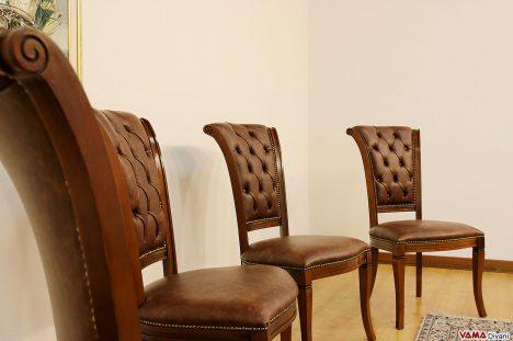 Sedie classiche di lusso in legno con schienale capitonnè imbot