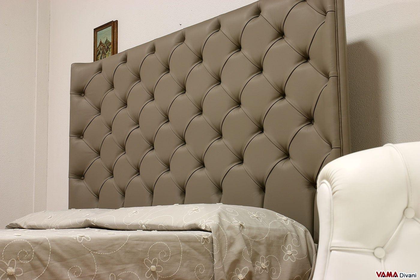 Letto con testiera di grandi dimensioni in pelle - Dove comprare un letto matrimoniale ...