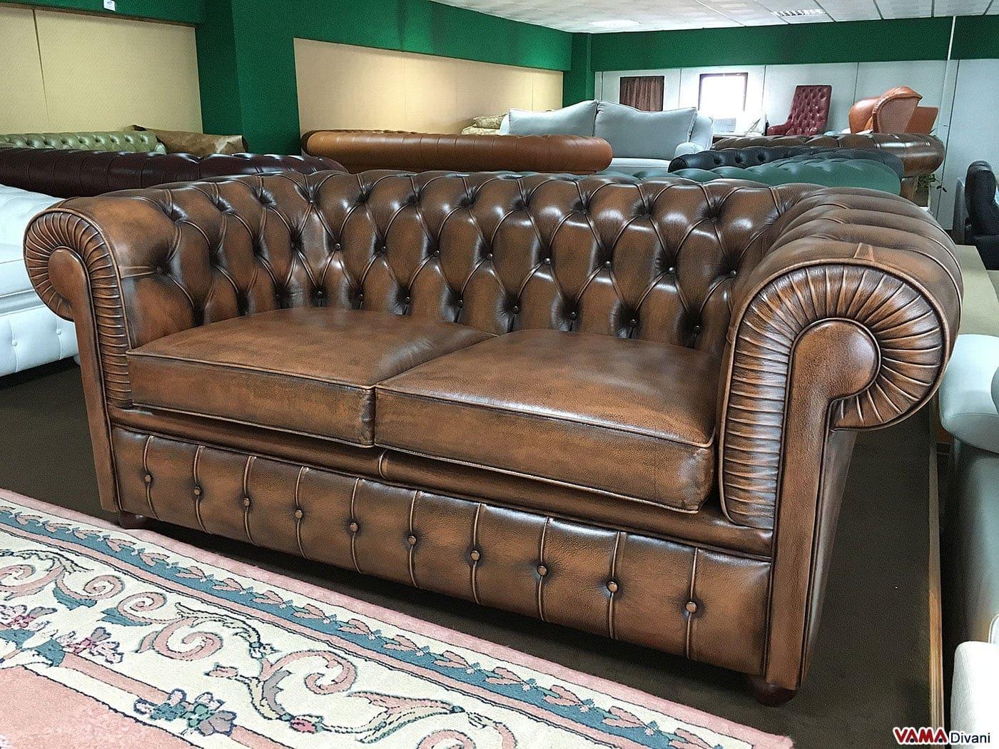 Chesterfield 2 Posti in Offerta in pelle vintage asportata marrone