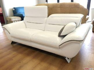 Divano moderno in pelle bianca con poggiatesta relax
