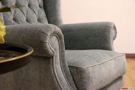 Poltrona Bergere in velluto con cuscino in piuma d'oca