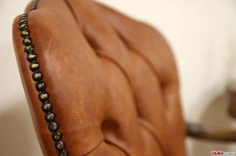 poltrona in pelle classica con girevole in legno