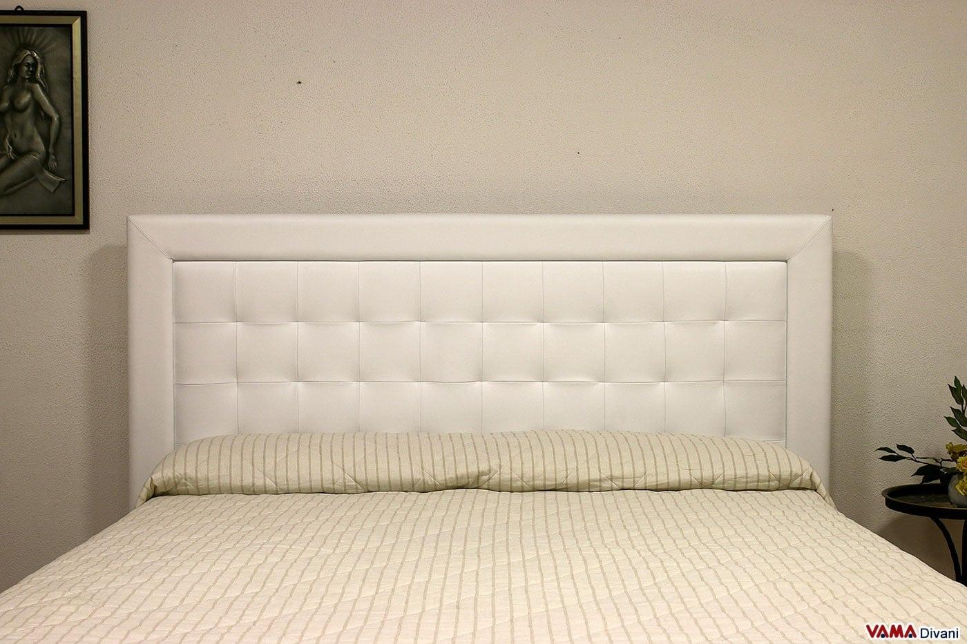 Letto moderno bianco in pelle con testiera a quadri - Testiera letto moderna ...