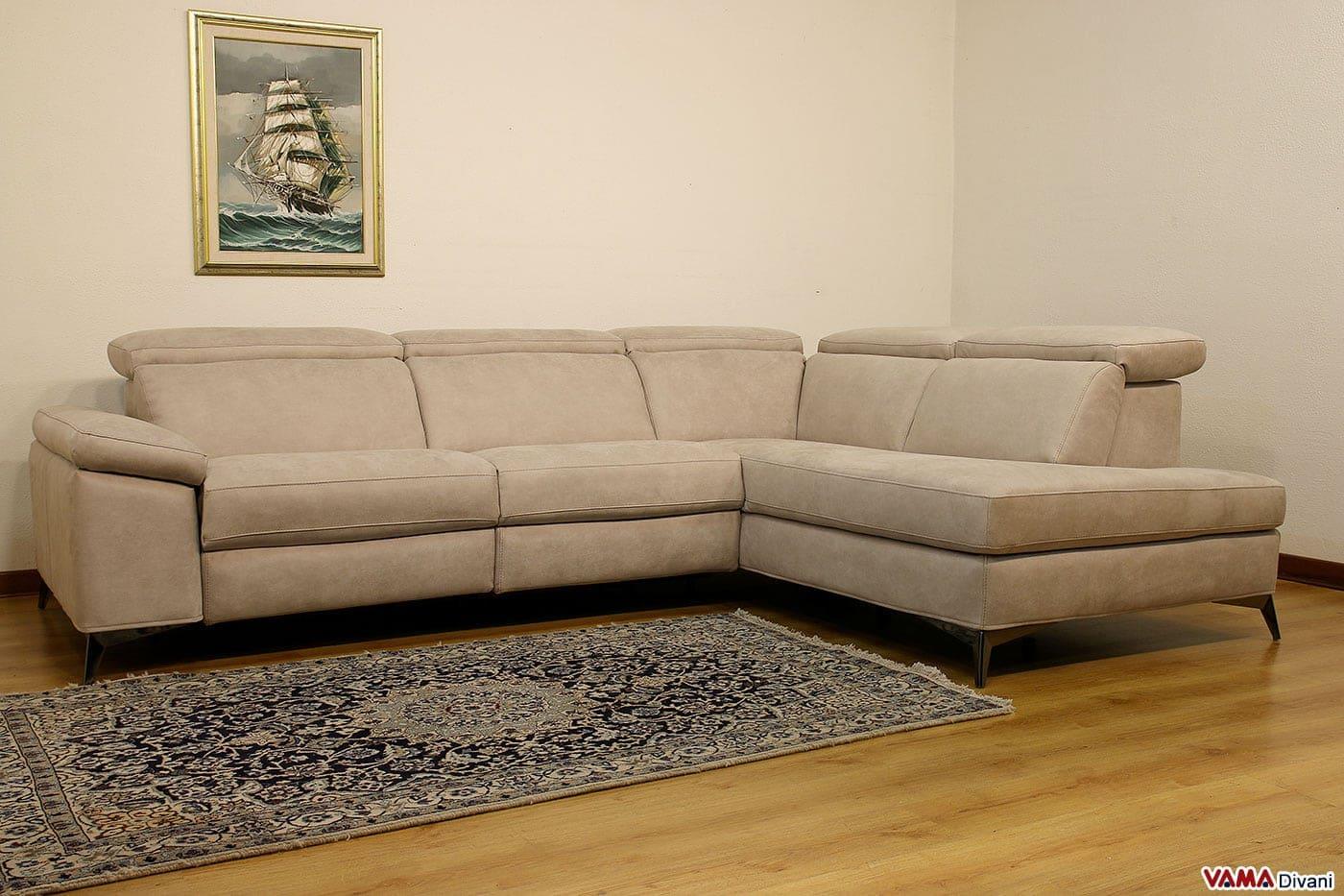 divano 3 posti con chaise longue e relax elettrico - Ampio Divano Ad Angolo In Tessuto Grigio Bianco