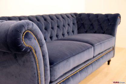 Bracciolo divano Winchester con borchie