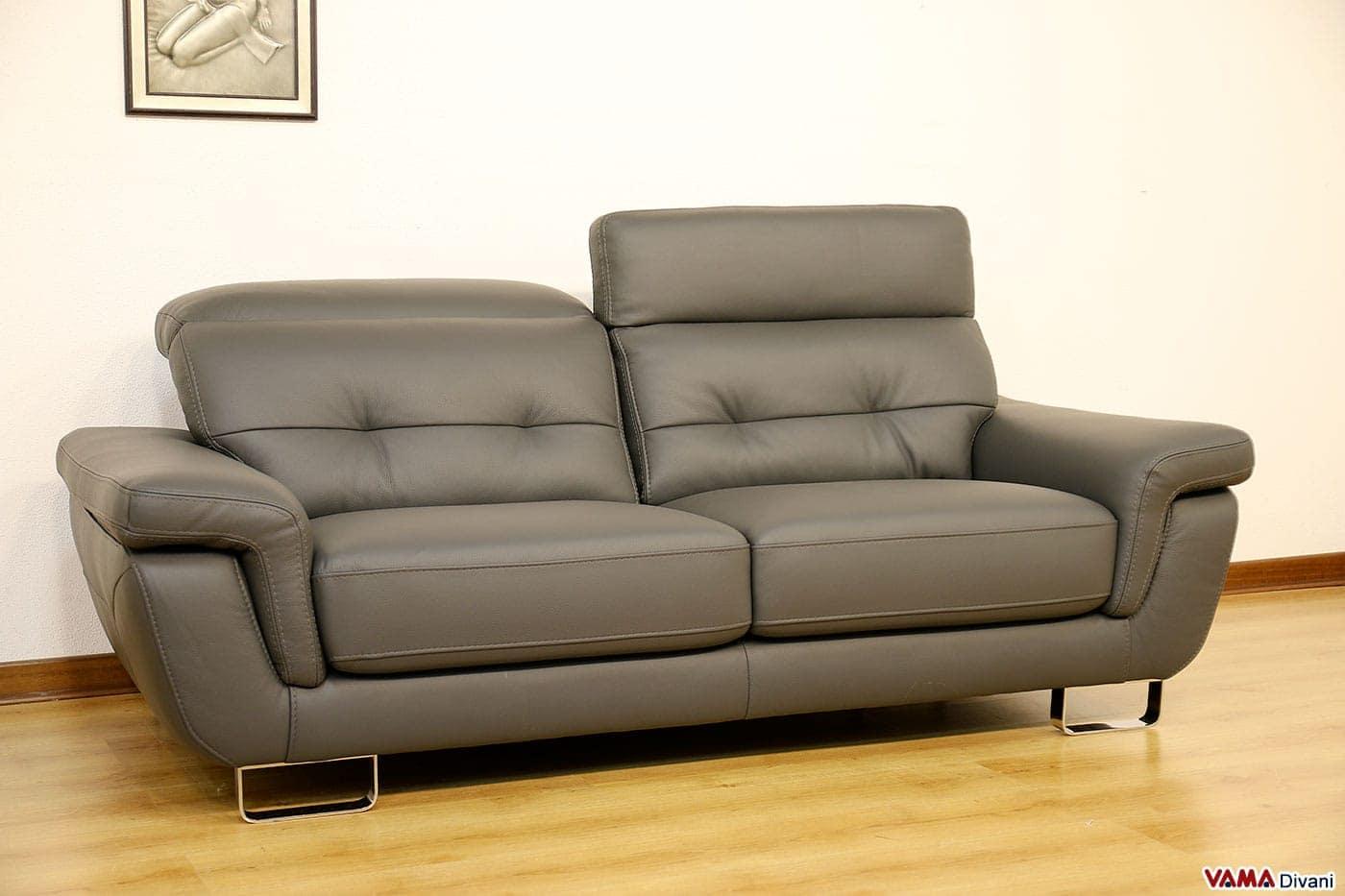 Divano moderno 3 posti grigio in vera pelle in occasione for Misure divani angolari 3 posti