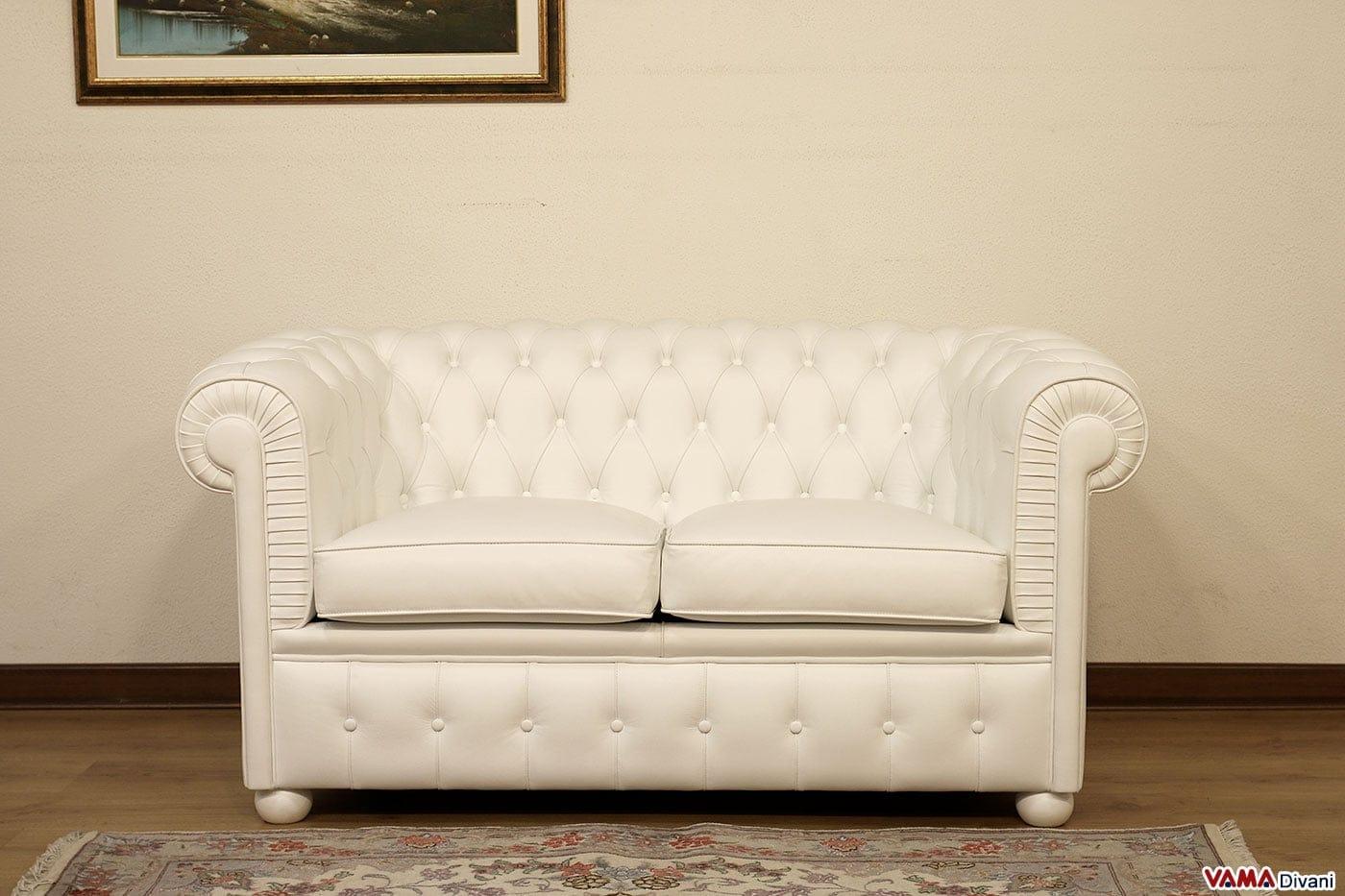 Divano bianco pelle idee di design per la casa - Divano in pelle bianco ...