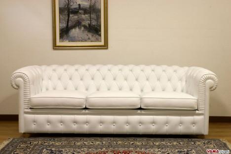 divano chester piccolo bianco dimensioni ridotte 3 posti in pell