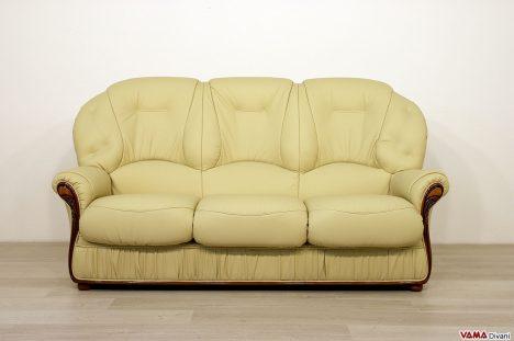 divano classico in pelle con schienale alto 3 posti