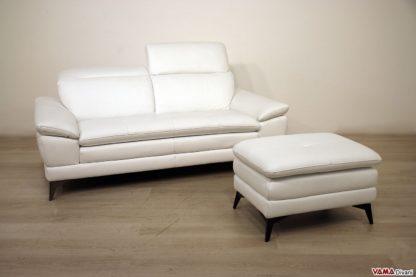 Divano moderno bianco con pouf in offerta