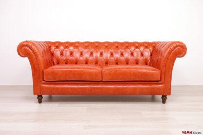 Divano Winchester in pelle arancio lucida