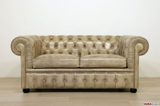 Divano Chesterfield in pelle beige