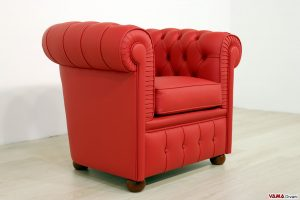Poltroncina Chesterfield