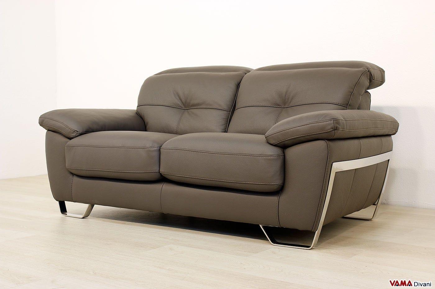 divani moderni in pelle e in tessuto realizzabili su misura