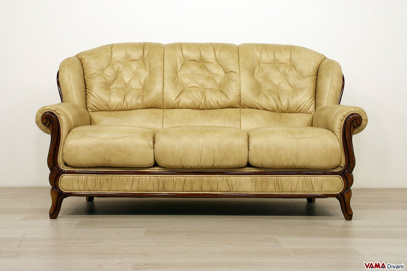 Divani vendita milano i divani letto in vendita da tino - Tessuti per divani vendita on line ...