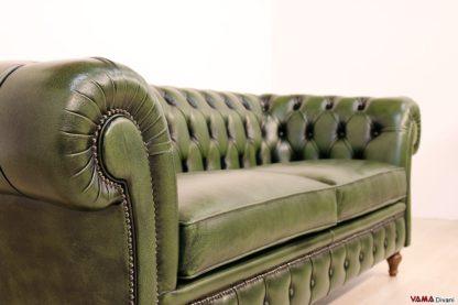 Bracciolo del Divano Chesterfield originale in pelle verde