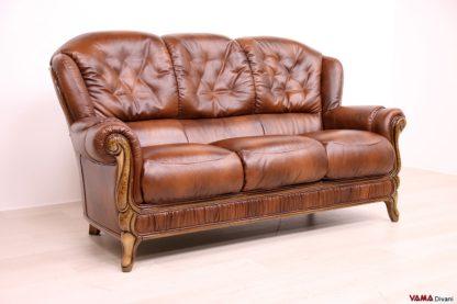 Divano 3 posti classico in pelle e legno marrone