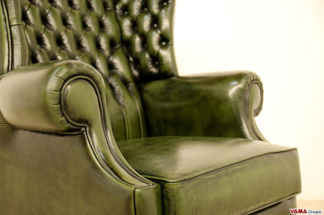 Seduta della poltrona bergere in stile inglese