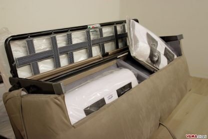 Contenitore per cuscini del divano letto