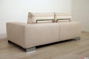 Retro del divano lineare squadrato