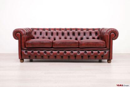Divano Chesterfield con base capitonnè in pelle rossa vintage