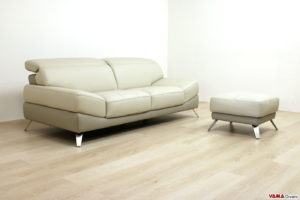 Divano moderno grigio con poggiapiedi in offerta