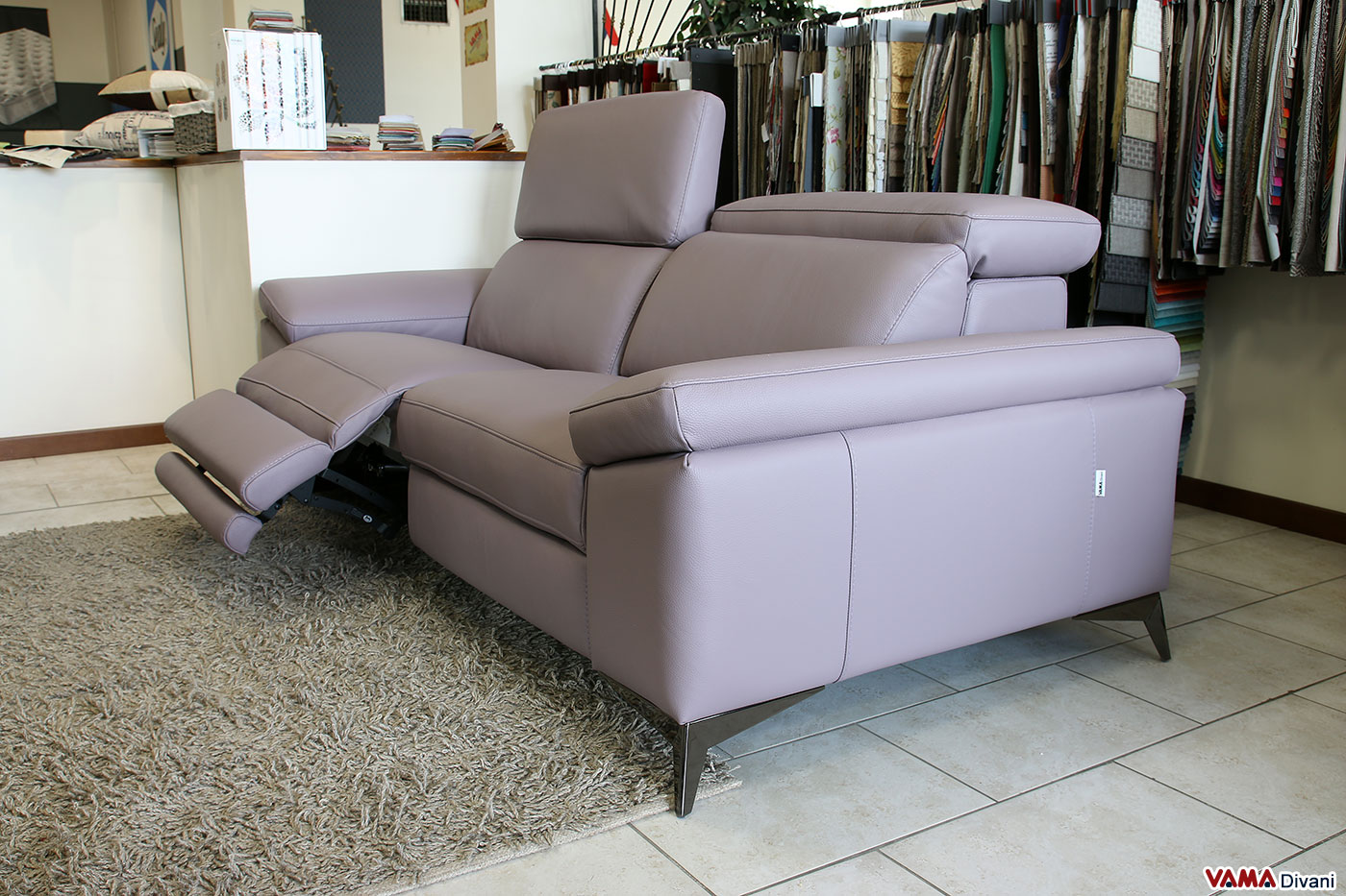 Divano moderno con relax elettrico viola rosa con batteria