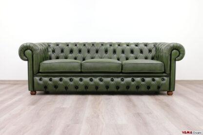 Divano Chesterfield 3 posti verde in pelle con base capitonnè