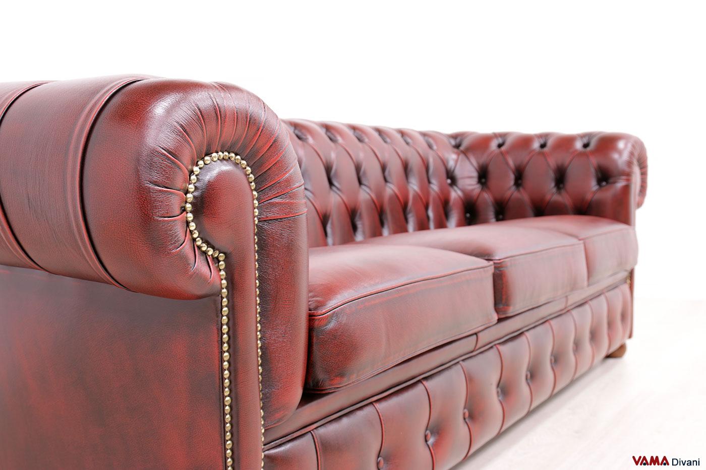 Borchie ottone invecchiato del divano Chester England