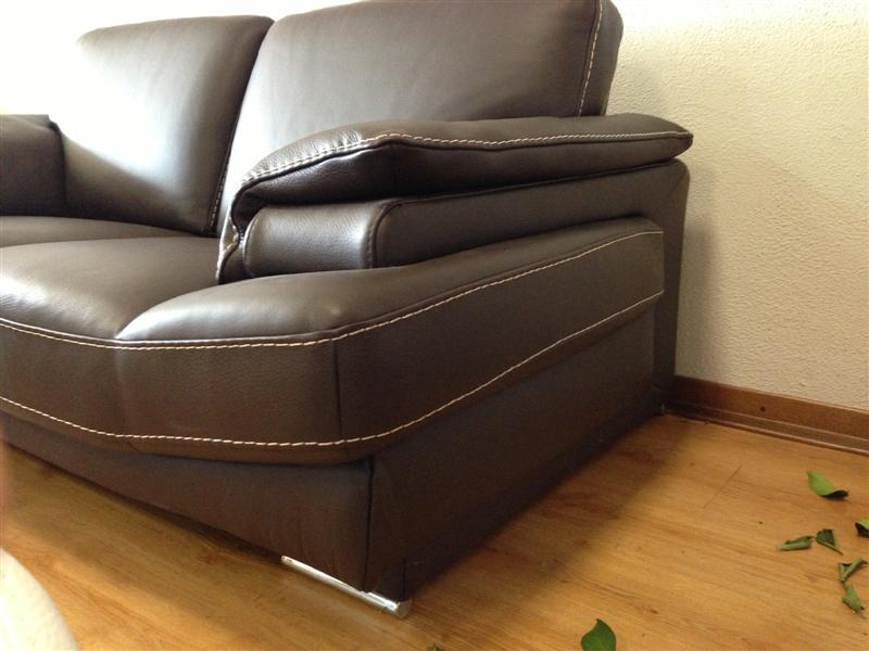 Divani in offerta occasioni di divani letto in pronta for Divano marrone
