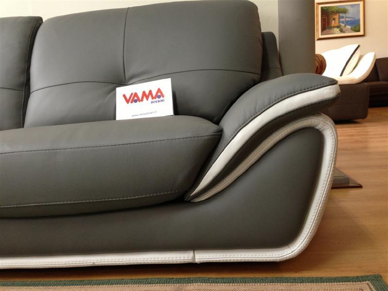Divani in offerta occasioni di divani letto in pronta for Divano 3 posti pelle